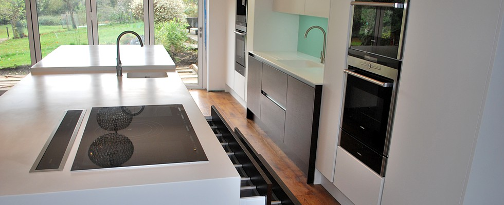 Central kitchen island unit, part of a custom designed and built kitchen by Nick and Vygis